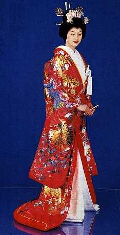 Mariée en kimono de mariage